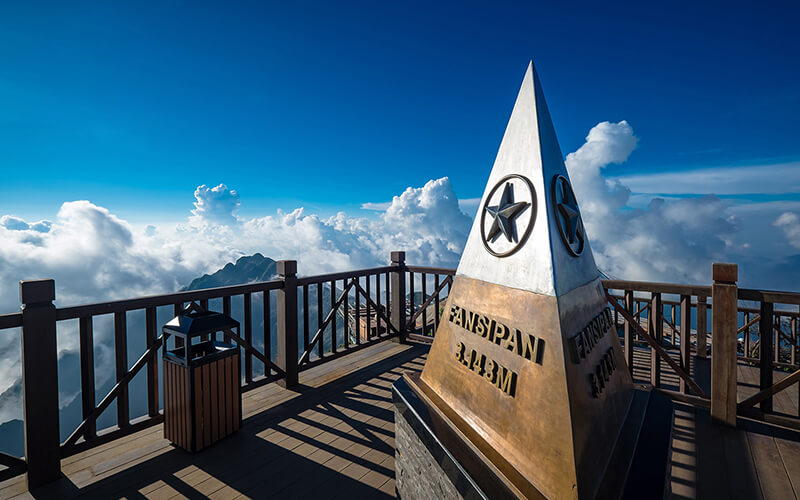7 Days Sapa and Halong Bay Package (Fansipan peak)