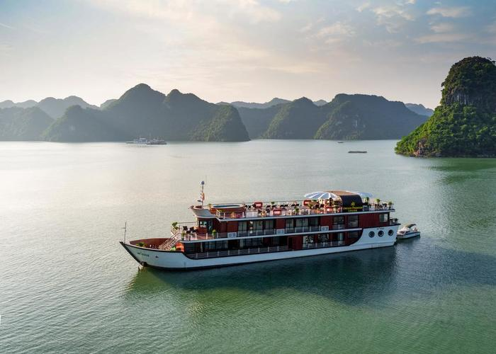 ORCHID PREMIUM CRUISE (2 days 1 night)
