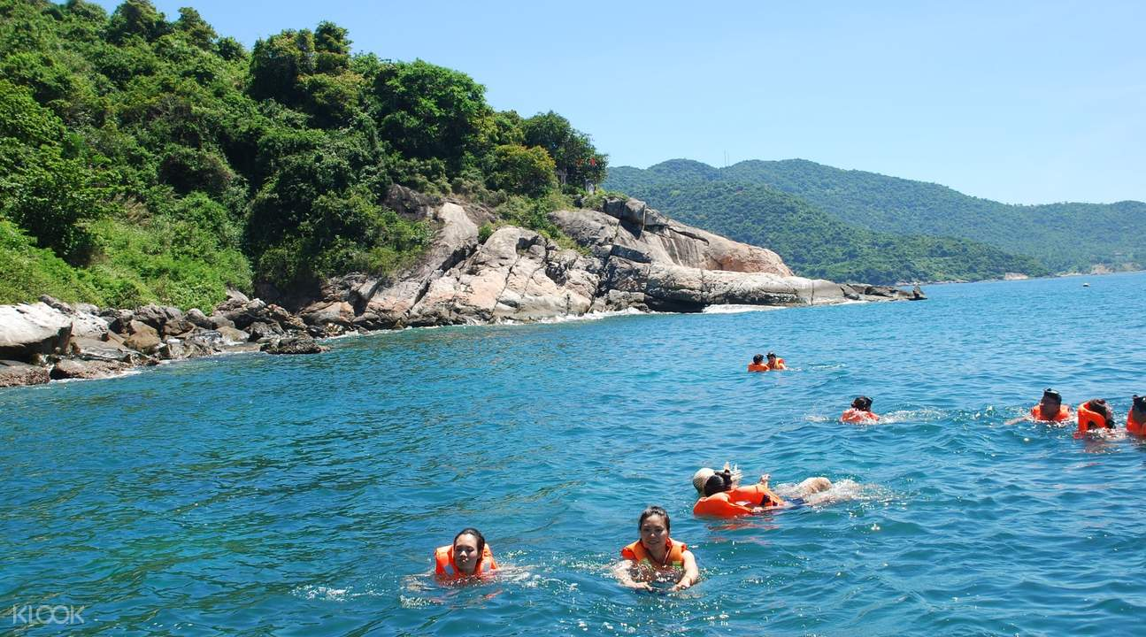 Cham island sightseeing and Snorkerling
